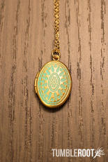 hemingway_necklace_wm_1024x1024
