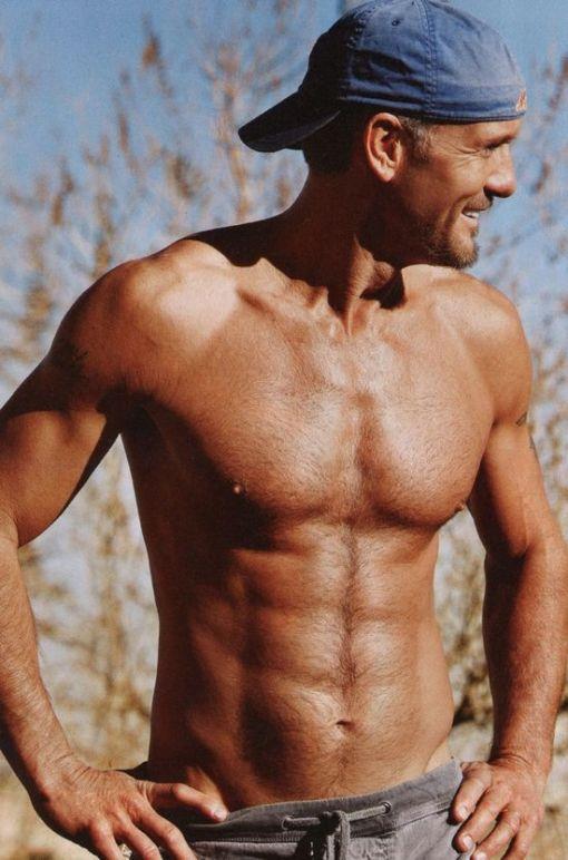 Tim-McGraw-Shirtless-In-People-Magazine